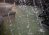 Fuente y arco iris — Foto de Stock