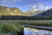 Reflection of mountains a pond. — Stock Photo
