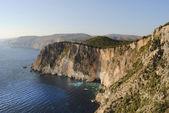 海景房。岩 — 图库照片