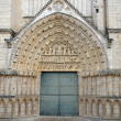 Cathedral door and tympanum. — Stock Photo