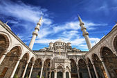 Beautiful mosque in Istanbul — Stock Photo