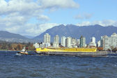 Tug and Barge — Stock Photo