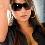 Beautiful fashion woman - sunglasses — Stock Photo #7598361