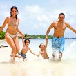Happy family on vacation — Stock Photo #7642709