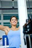 Mujer de gimnasio — Foto de Stock