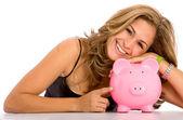 カジュアルな女性のお金を節約 — ストック写真