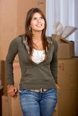 женщина движущихся домов — Стоковое фото