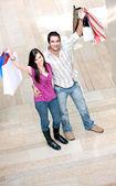 Casual couple shopping — Stock Photo