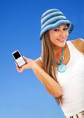 Cel telefon olan kadın — Stok fotoğraf