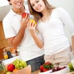 Healthy eating couple — Stock Photo