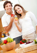 Healthy eating couple — Stock Photo