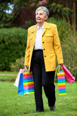 Senior einkaufen frau — Stockfoto