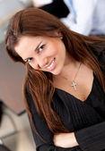Obchodní žena s úsměvem — Stock fotografie