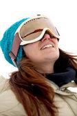 スキー用ゴーグルを持つ女性 — ストック写真