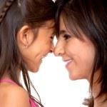 快乐妈妈和女儿 — 图库照片
