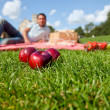 Man having a picnic — Stock Photo