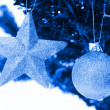 Christmas star and ball - Stockfoto
