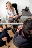 Em uma reunião de negócios — Foto Stock