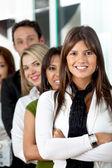 领导团队的商界女强人 — 图库照片