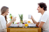 Couple having breakfast — Stok fotoğraf