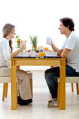 Couple petit déjeuner — Photo