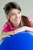 Retrato femenino gimnasio — Foto de Stock