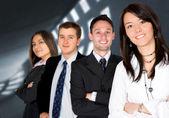 Parceiros de negócios - jovens empreendedores — Foto Stock