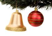 圣诞舞会和圣诞树上贝尔 — 图库照片