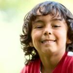 Little boy outdoors — Stock Photo #7751248