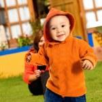 Boy having fun outdoors — Stock Photo #7754394
