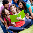 Foto Stock: Students outdoors