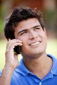 在电话里的男人 — 图库照片