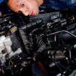 Mechanic fixing a car — Stock Photo