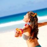 Hawaiian woman at the beach — Stock Photo