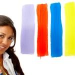 vrouwelijke artiest kiezen van kleuren — Stockfoto