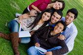 Groep studenten — Stockfoto
