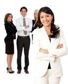 Femme d'affaires qui dirige une équipe — Photo