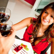 Foto Stock: Womin romantic dinner