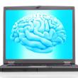ノート パソコンと脳 — ストック写真