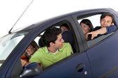 Grupp i en bil — Stockfoto