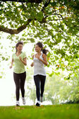 Women jogging outdoors — Stok fotoğraf