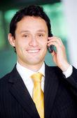 деловой человек на телефоне — Стоковое фото