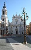 Loreto italië kerk — Stockfoto