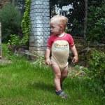 Girl in garden — Stock Photo #7620172