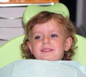 Little girl in dental examination — Stock Photo