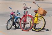 три велосипеда — Стоковое фото