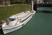 Sightseeing Boat — Stock Photo
