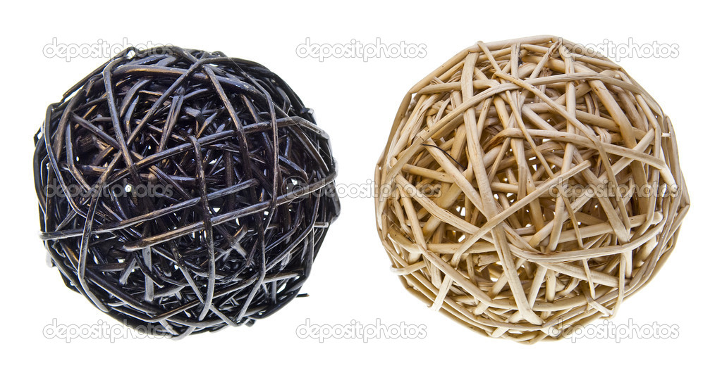 Woven wicker or bamboo balls used for decorating — Stock Photo #7692447