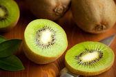 Fresh ripe kiwi — Stock Photo