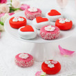 Petit fours for Valentine's Day — Stock fotografie